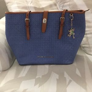 Authentic Dooney and Bourke basket weave tote